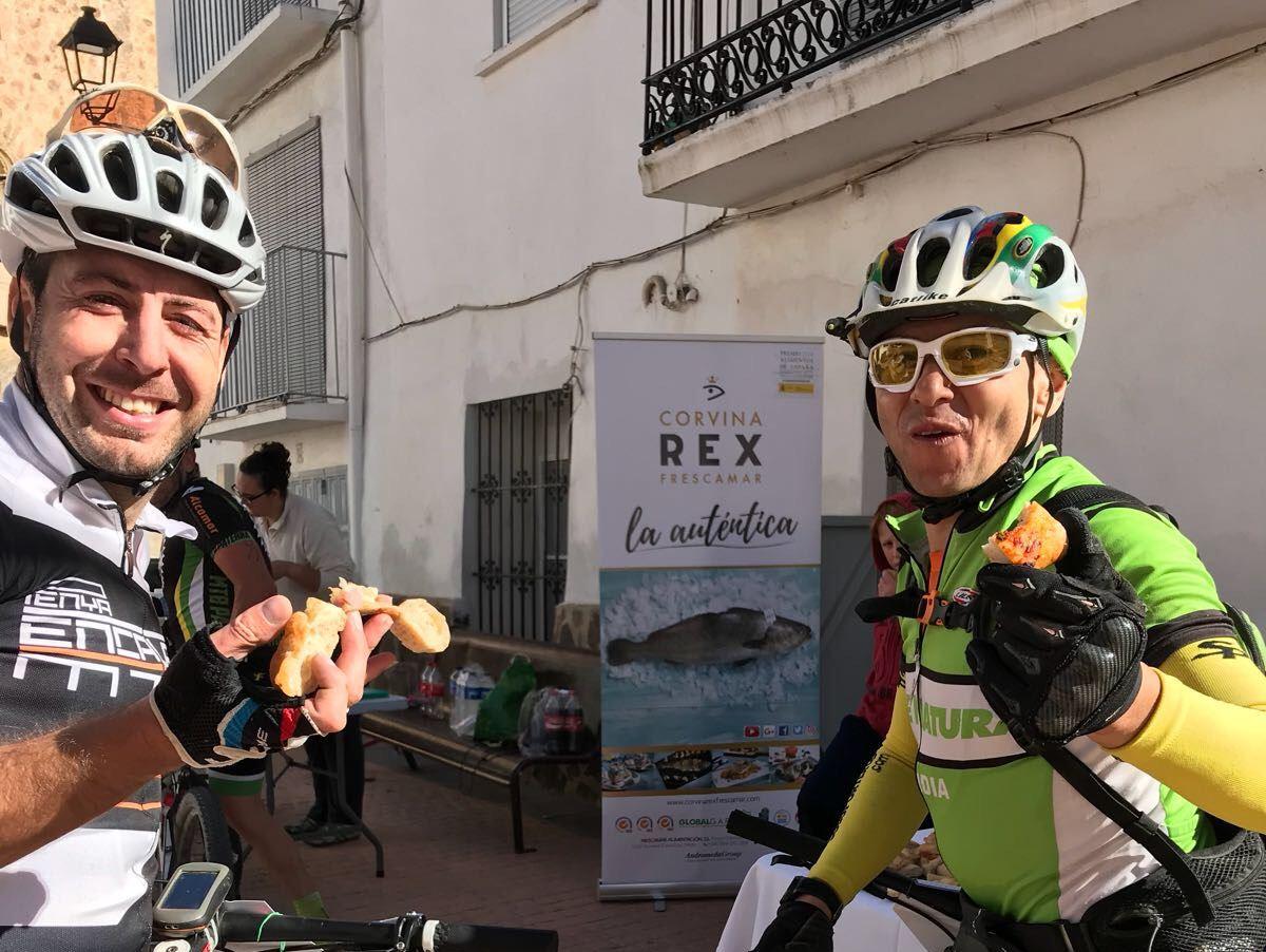 Corvina REX protagoniza los avituallamientos de la Trans Espadán MTB