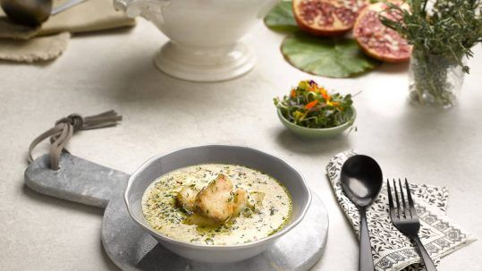 sopa de corvina estilo thai