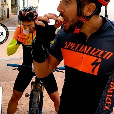 Ciclistas empanada Corvina REX