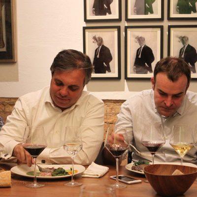 Tahiche Lacomba de Corvina REX y el periodista Santos Ruiz
