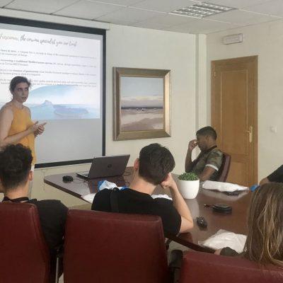 Presentacion Frescamar y Corvina REX alumnos escuela holandesa