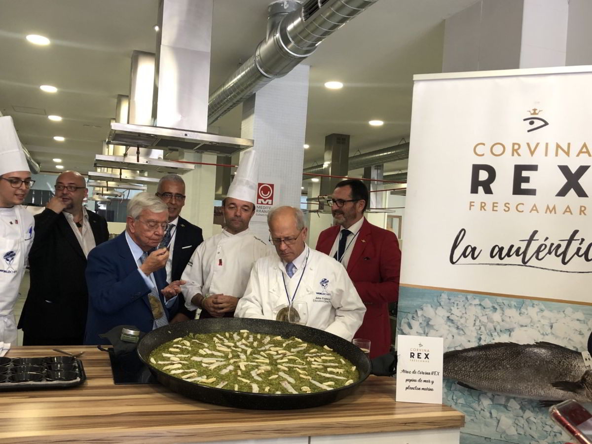 Rafel Anson degusta arroz Corvina REX