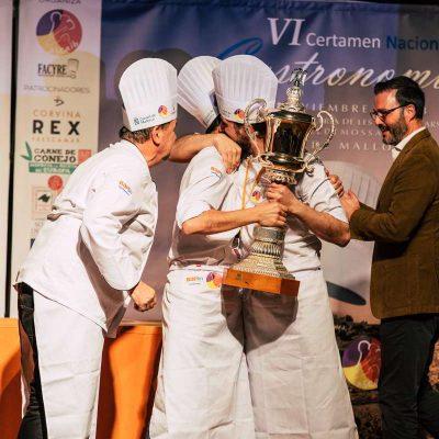 Equipo Aragon ganadores Certamen FACYRE con Corvina REX