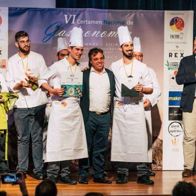 Tahiche Lacomba con ganadores FACYRE