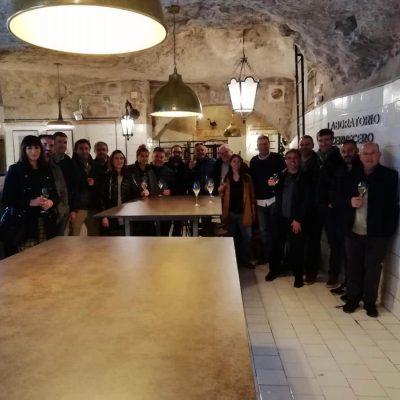 Distribuidores grupo compras DECASA jornada Corvina REX