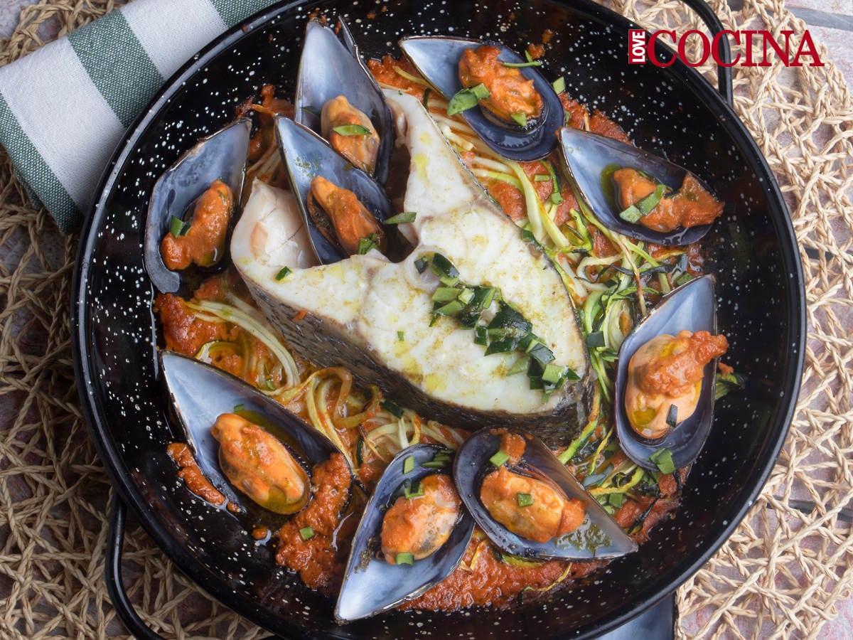 Corvina REX y calabacín en salsa provenzal de mejillones